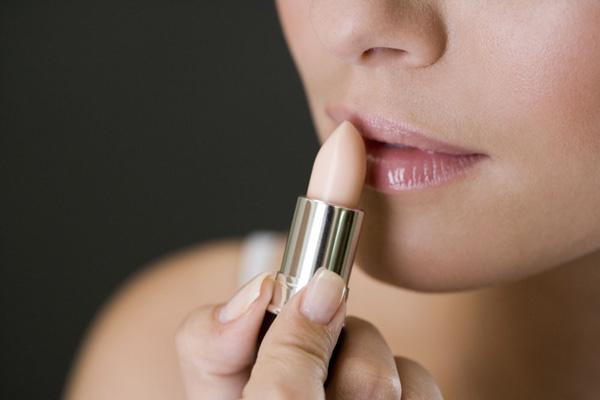 女人梳妆台之补水护肤品